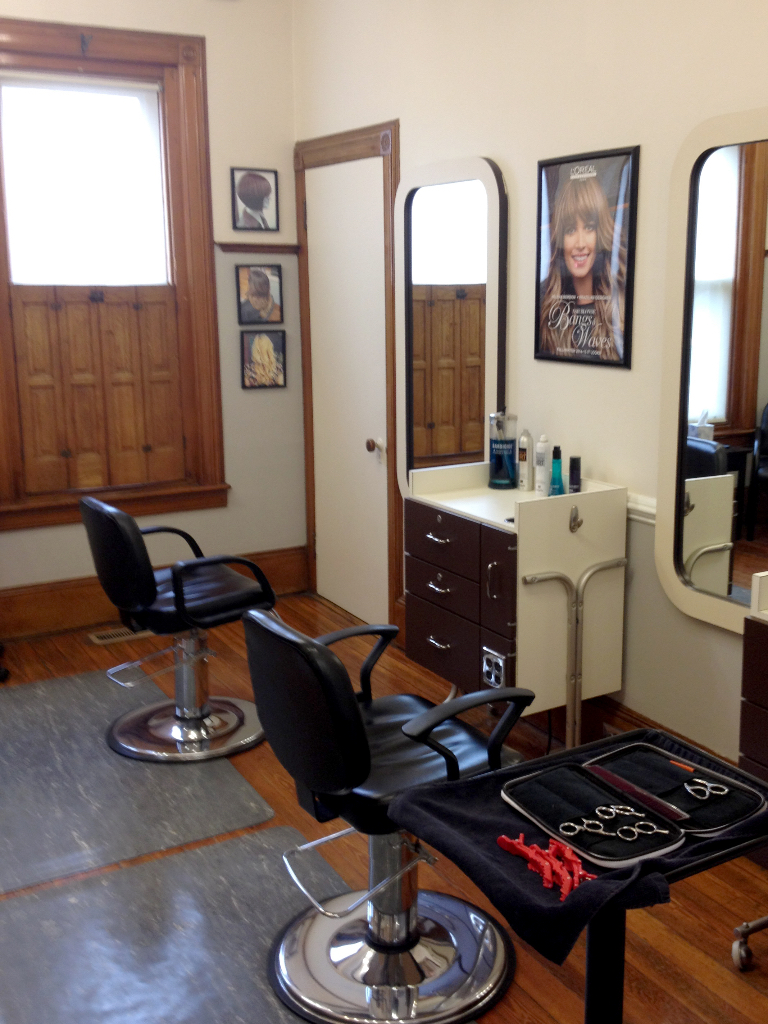 Brian Chapman Hair Salon Stylist Areas - perfect for coming with friends or family, we have plenty of room for bridal parties, prom groups and more!
