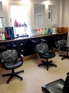 Brian Chapman Hair Salon Shampoo, Conditioner and Treatments - our Salon Assistants will wash and condition your hair in preparation for your styling. Or, take advantage of our L'Oreal Pro Fiber Treatments!