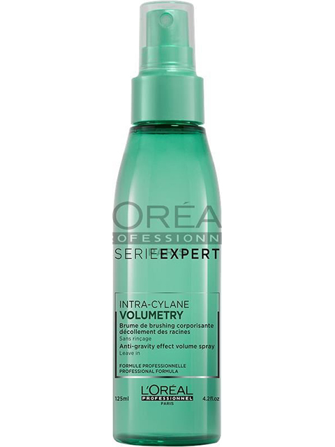 Serie Experts Volumetry Anti-Gravity Spray provides instant root lift when styling while adding shine and hydration.